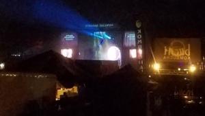 Stage beams, Lake Ave. at night