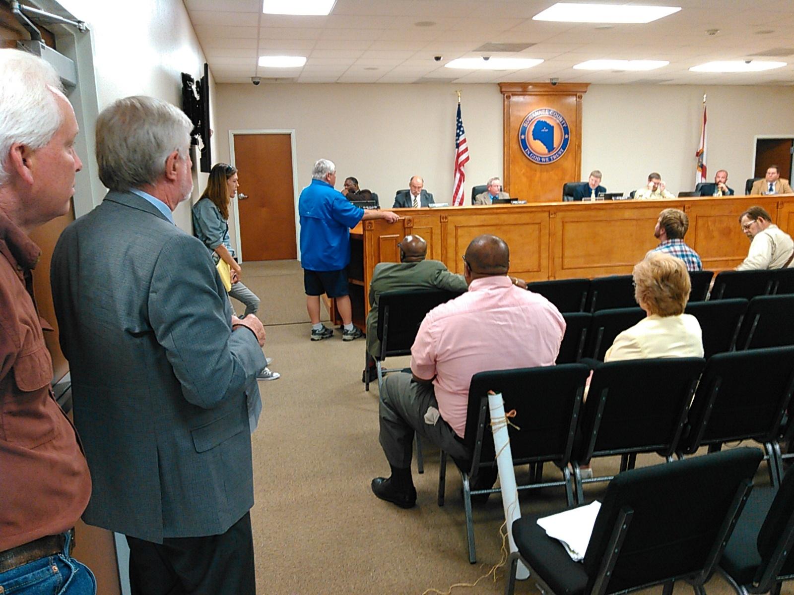 1600x1200 Speakers Chris Mericle, Jim Tatum, Debra Johnson, Wayne Ellison, in Suwannee BOCC votes 4:1 to ask Army Corps of Engineers to investigate Sabal Trail, by John S. Quarterman, for WWALS.net, 5 April 2016