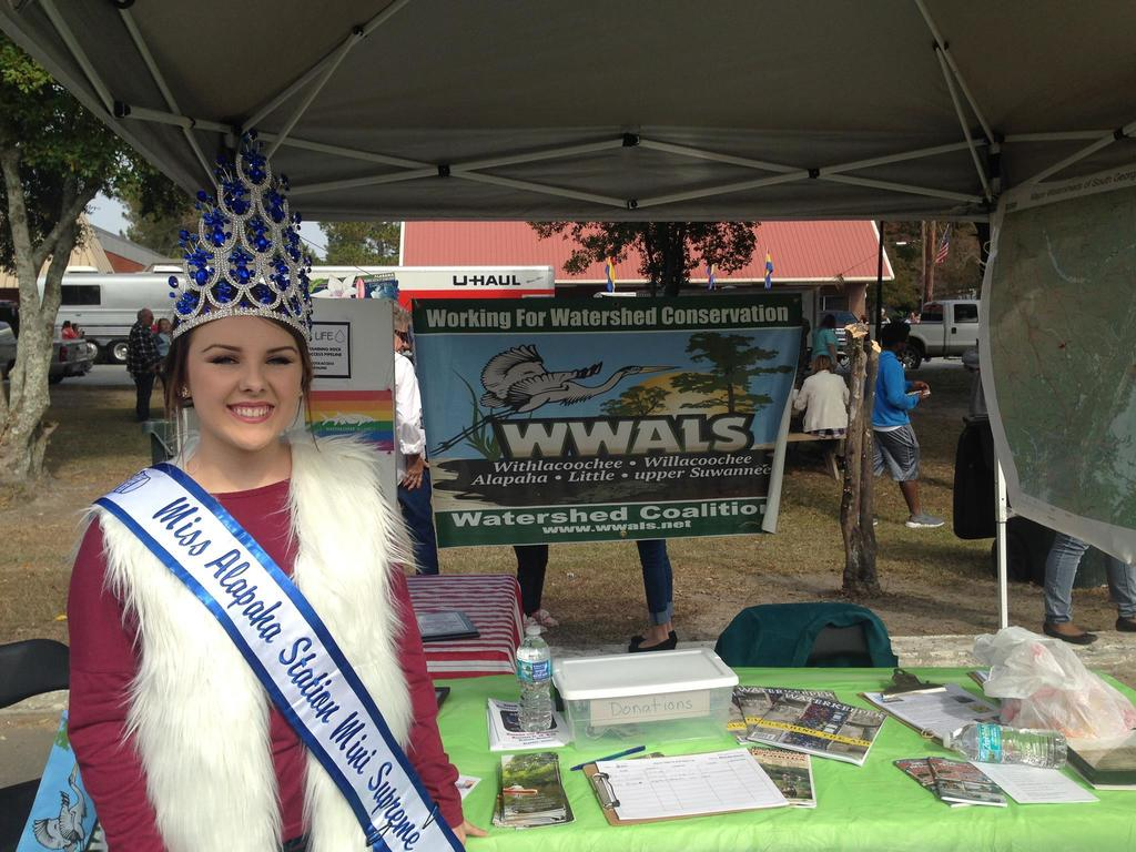 2048x1536 Miss Alapaha Station Mini Supreme, The winners, in Alapaha Station Celebration, by Gretchen Quarterman, for WWALS.net, 12 November 2016