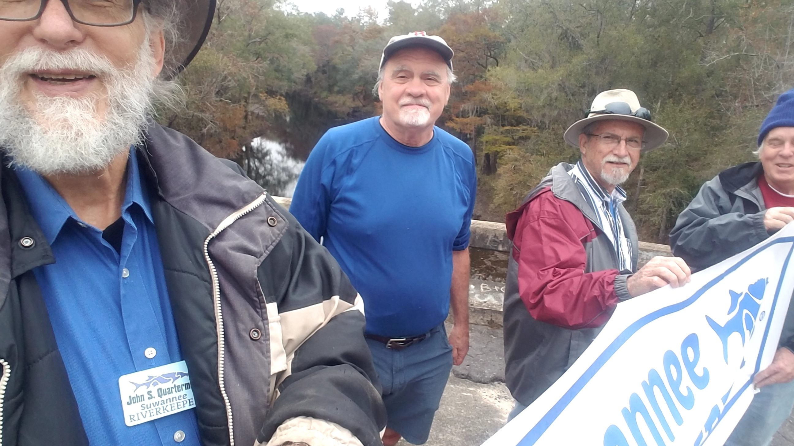 2592x1458 Banner selfie, 13:36:10, 30.7900000, -83.4583333, On top, in Hike to Spook Bridge, by John S. Quarterman, for WWALS.net, 11 November 2017