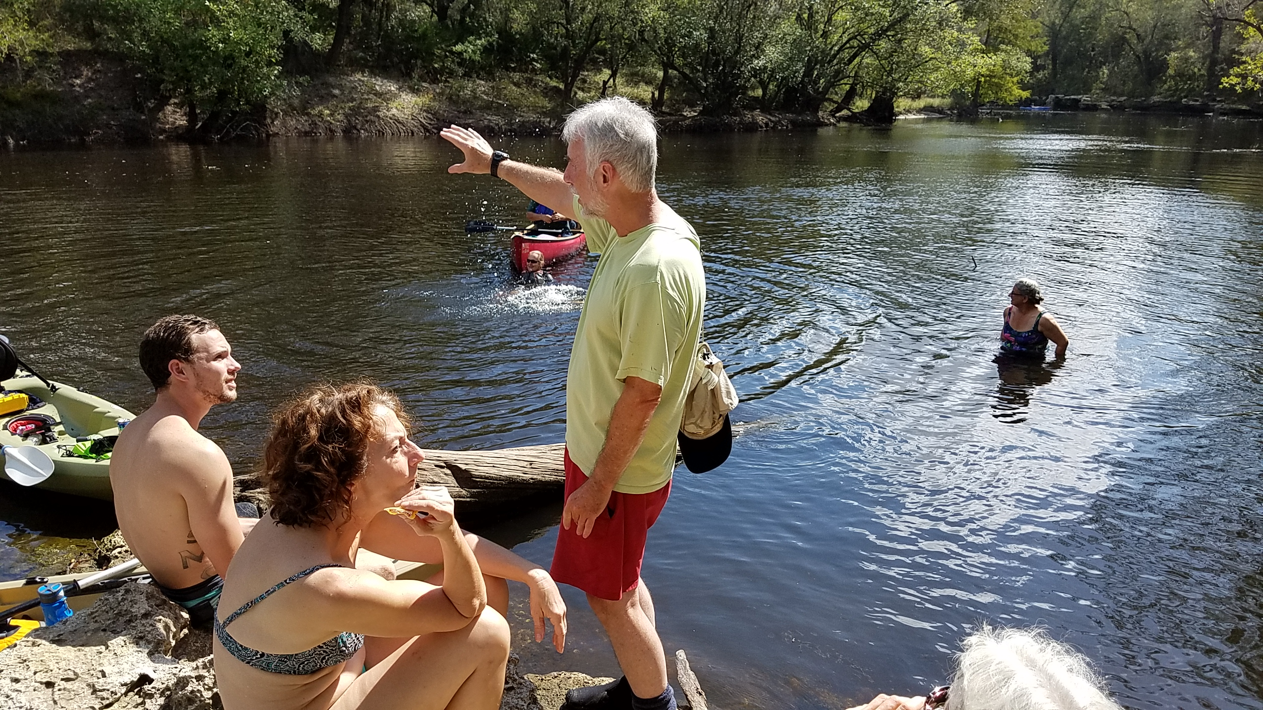 2560x1440 Guy Bryant explaining, McIntyre Spring, in Cleanup and outing, Nankin, Mcintyre and Arnold Springs, Mozell Spells, Withlacoochee River, by John S. Quarterman, for WWALS.net, 14 October 2017