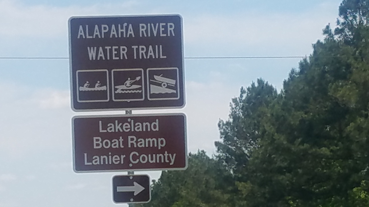 1280x720 Just the signs, Eastbound, in Lakeland Boat Ramp road signs, by John S. Quarterman, for WWALS.net, 26 April 2018