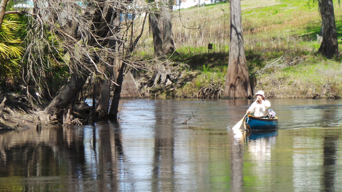 1152x648 A happy paddler, Arriving, in Burt kornegay, by Phil Hubbard, for WWALS.net, 24 March 2018