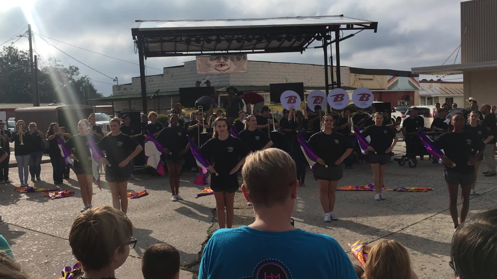 1920x1080 High School Band, Entertainment, in Pictures: WWALS at Berrien County Harvest Festival, by Gretchen Quarterman, for WWALS.net, 30 September 2017