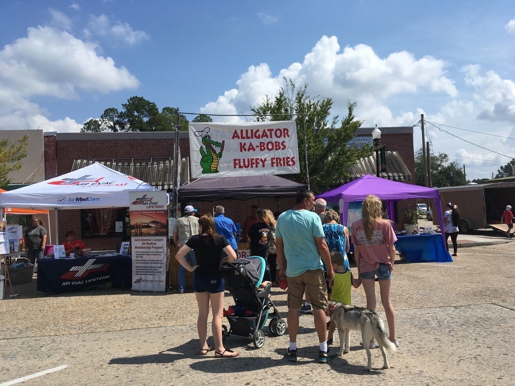 1008x756 Alligator ka-bobs, Around, in Pictures: WWALS at Berrien County Harvest Festival, by Gretchen Quarterman, for WWALS.net, 30 September 2017