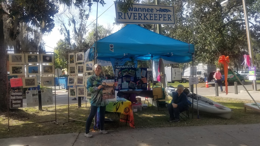 1008x567 Gretchen Quarterman and Julie Magruder, Booth, in Saturday at Azalea Festival, by John S. Quarterman, for WWALS.net, 9 March 2019
