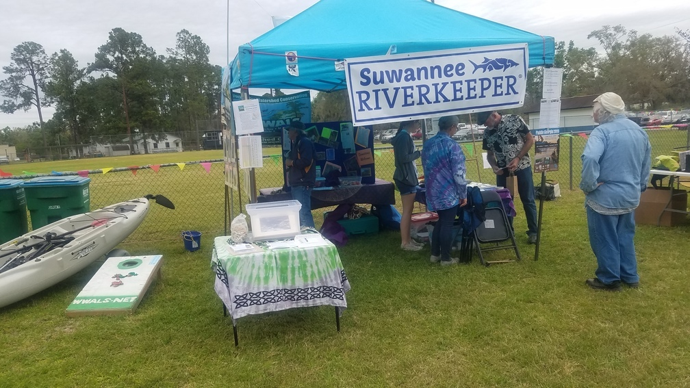 1008x567 People, Talking, in Pictures: Wild Azalea Festival, White Springs, FL, by John S. Quarterman, for WWALS.net, 16 March 2019