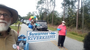 300x169 Waiting to start, Parade, in Hahira Honeybee Saturday, by John S. Quarterman, for WWALS.net, 7 October 2017