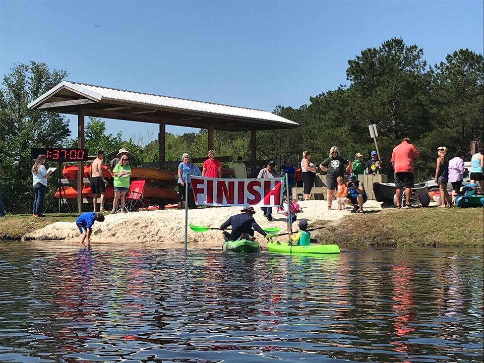 960x720 Finish (BW), Racing, in BIG Little River Paddle Race, by Bret Wagenhorst, for WWALS.net, 28 April 2018