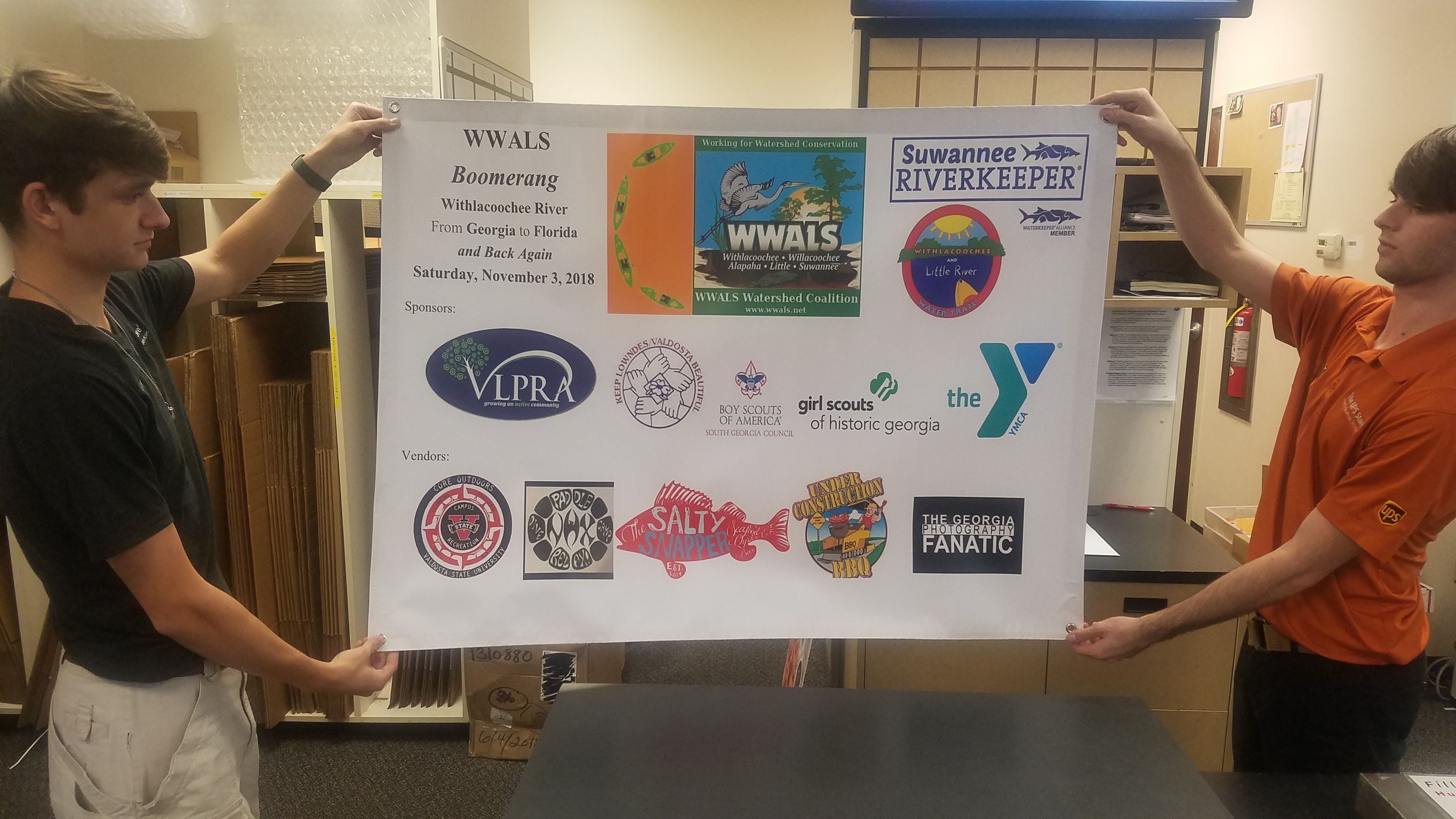 4032x2268 at UPS Store, Banner, in Boomerang Banner, by John S. Quarterman, for WWALS.net, 2 November 2018